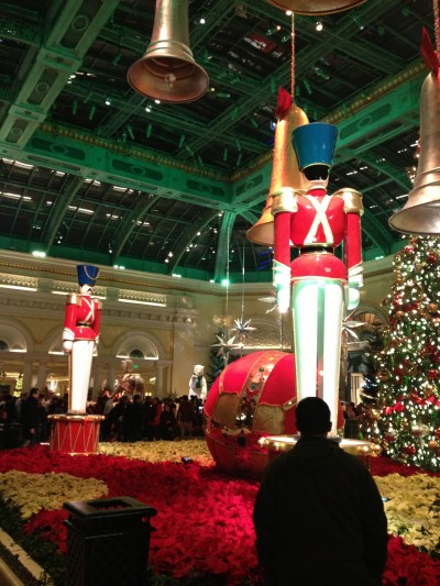 It's still Christmas in the Bellagio! Giant soldiers, ornaments, and a tree!