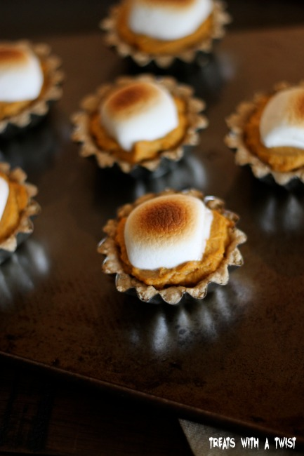 Mini Pumpkin Pie Smores Tarts - Treats With a Twist